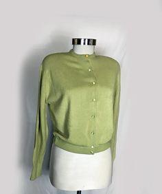 Maglione Cardigan vintage donna, 1950, Orlon, verde chiaro, coperture pulsanti, maestoso, piccole e medie, New Old Stock