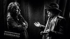 Hollywood vampires Alice Cooper & Joe Perry (Aerosmith) backstage rehearsals…