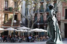 plaça de la virreina in the gràcia district of barcelona