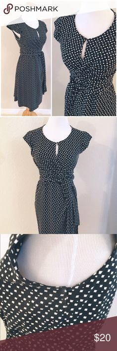 Maternity Dress. Maternity wrap dress, with keyhole closure on front        Slight fading under armpits as shown in photo                  94% viscose, 6% elastane. No stains. Seraphine Dresses