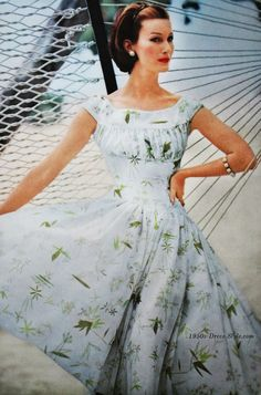 Vogue 1955 | 50s Dress Style
