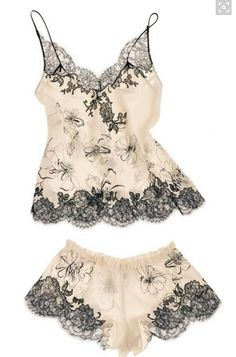 """Carine Gilson Lingerie Couture '""""Aurelia Print"""" Camisole & Boxer from the """"Cruise"""" Collection 2015 Lingerie Xxl, Lingerie Couture, Lingerie Chic, Lingerie Babydoll, Lingerie Fine, Jolie Lingerie, Lingerie Drawer, Gorgeous Lingerie, Vintage Lingerie"""