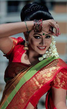 traditional# bengladeshi# getup# katan saree# beli ful#