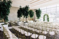 Lush trees and a breathtaking floral archway added the right dash of dreaminess and romance to this ceremony😍 Photo Credit: Purple Tree | Planner: Rainbow Chan | Venue: Four Seasons Toronto | Decor: Luxe Rentals & Blissful Memories & Events | Florals: Delight Floral + Design