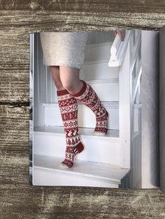 Crochet Socks, Knitting Socks, Knit Crochet, Knitting Ideas, Dress Codes, Mittens, Ravelry, Crocheting, Needlework