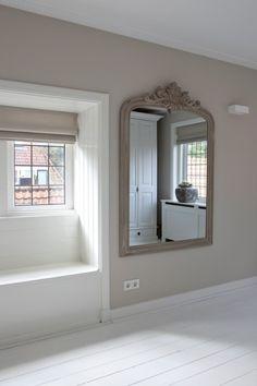 Spiegel/Mirror