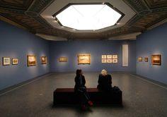 """Ausstellungsansicht """"Wolkenbilder. Die Entdeckung des Himmels"""""""