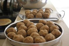 Chinna's Kitchen:   Kai Holige(Coconut stuffed sweet pancake)  Ingre...