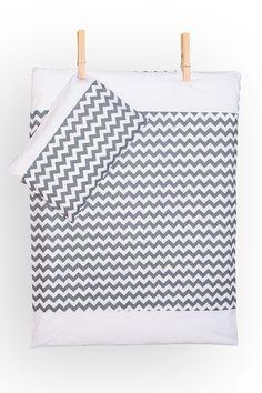 Bettwäscheset - Chevron grau mit weiß von KraftKids auf DaWanda.com