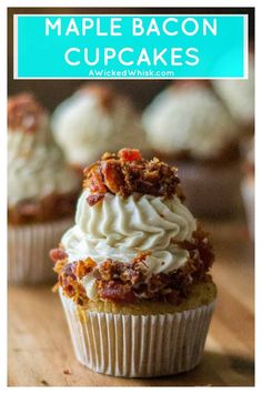These Maple Bacon Cupcakes are the perfect pairing of sweet rich maple cupcakes, maple buttercream frosting and crunchy salty bacon. Make using a Duncan Hines cake mix, these Maple Bacon Cupcakes are easy to make and sure to be any bacon lovers favorite c Cake Mix Cupcakes, Cupcake Cakes, Breakfast Cupcakes, Mocha Cupcakes, Banana Cupcakes, Lemon Cupcakes, Velvet Cupcakes, Easter Cupcakes, Flower Cupcakes
