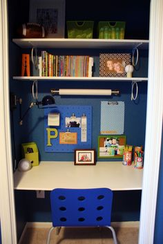 LOVING how this blogger turned a closet into the ultimate study zone for her son!!   (Source: IHeart Organizing: Closet Case: The Ultimate Kid's Study Zone!)
