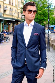 "TorontoVerve in Stockholm: Alexander - Stureplan ""My style is quite business casual. I like designer Tom Ford's fashion. He's always classic and has a unique style."""