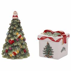 Spode Spode Christmas Tree Salt + Pepper Shakers ($40) ❤ liked on Polyvore featuring home, kitchen & dining, serveware, pepper shakers, spode, salt pepper shakers and salt shakers