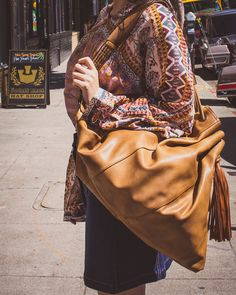 Throw-it-all-in and go kinda bag #modaluxe #ambiancesf #accessories #bag #herstyle @modaluxe