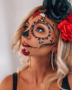 Uploaded by Nina. Find images and videos about makeup, Halloween and halloweenmakeup on We Heart It - the app to get lost in what you love. Halloween Makeup Looks, Halloween 2020, Find Image, Make Up, Lost, Profile, App, Instagram, Heart