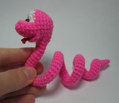 I REALLY NEED TO LEARN TO CROCHET !!! - too cute. Little Snake - pdf crochet toy pattern - NEW