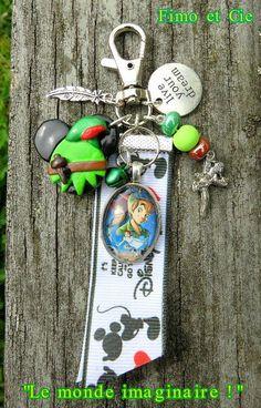 """MINI gri-gri, porte-clefs ou bijoux de sac, fantaisie """"le monde imaginaire... !"""""""