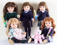 Muñecas Gilsi de distintos colegios
