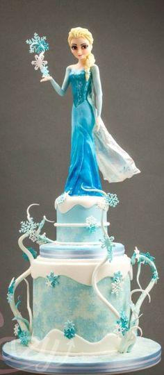 Princess Elsa Cake love the swirling snow flurries. Frozen Party Ideas