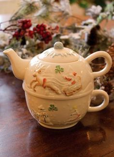 Belleek Christmas Holiday tea for one stacking teaset (teapot, cup) decorated w/ Santa Claus sleigh in flight and shamrocks, parian (porcelain) china, Ireland