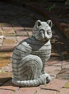 Campania International Cast Stone Williamsburg Delft Cat