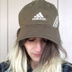 90's Vintage - Adidas Army Green Ball Cap ⭐️Garment Details⭐️ {Conditon} Very Good Vintage {fabric} Cotton {Size} OS ~~~~~~~~~~~ {Overview} --Vintage --adjustable size #vintage #boho #90s #military #olive #baseball #snapback #adidas #sporty #athletic #gym #workout #sport Adidas Accessories Hats