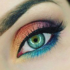 Interesting eye makeup design for Bright Spring.