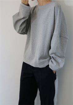Creating the Men Minimalist Fashion Wardrobe Korean Fashion Men, Grey Fashion, Minimal Fashion, Autumn Fashion, Wearing All Black, Cool Outfits, Fashion Outfits, Virtual Fashion, Levi X Eren