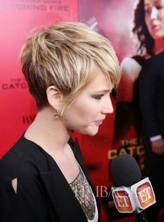 Jennifer Lawrence Charming #Pixiehair