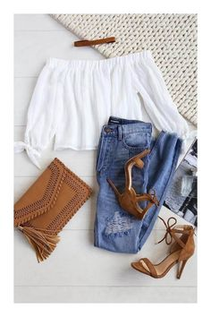 Spring Outfits - What To Wear With A Biker Jacket 2019 Cute Little Spring Outfit. Spring Outfits - What To Wear With A Biker Jacket 2019 Cute Little Spring Outfit. Fashion Mode, Look Fashion, Teen Fashion, Fashion Outfits, Womens Fashion, Fashion Trends, Latest Fashion, Fashion Online, Fashion Ideas