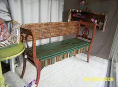 Новое применение старых стульев