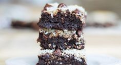5 Black Bean Brownie Recipes To Try Now www.theteelieblog.com The sweet tooth can often be the biggest barrier to eating healthy. #thrivemarket