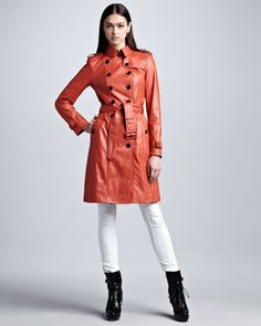 Burberry London Lightweight Leather Trenchcoat & Skinny Ankle-Zip White Jeans - wishareit.com