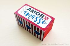 amorouamasso_namoradacriativa Cute Valentines Day Gifts, Candy, Diy, Handmade, Romantic Ideas, Romance, Couples, Tattoos, Boyfriend Gift Ideas
