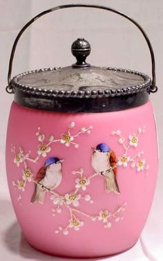 1023: Mt. Washington Biscuit Jar : Lot 1023