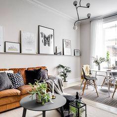 Soon for sale! Valhallavägen 14 Styling @stylingbolaget  Foto @henriknero  #homestylinginspo #taklampa #henriknero #interior #vardagsrum #vardagsrumsinspo #livingroom #livingroomdecor #livingroominspo #interior #interiordesign #interiör #inredning #inredningsinspiration #hay #gulled #emes #svenskttenn #interior123 #interior #inredning #hemnet