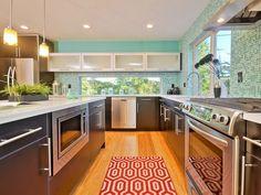 5-5621-5th-Ave-NE-Greenlake-Modern-Townhouse-modern-kitchen-detail.jpg (1024×768)