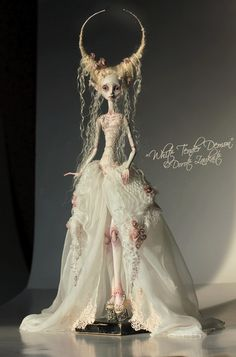 The whole day of chasing sunbeams - I just love natural light for dolls...   by Tireless Artist,