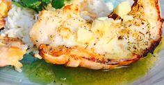 Queues de langoustes rôties, sauce à l'ail et au citron. Une recette de langouste à la plancha prévue pour cinq gourmands.. La recette par TheCrazyOven.