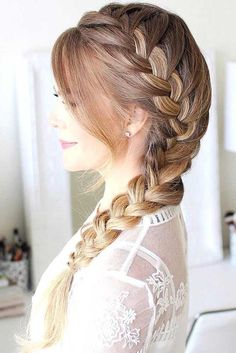 Fantastic side braid for brown hair