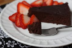Barefeet In The Kitchen: Flourless Chocolate Cake - you have to taste this one to understand how awesome it is.