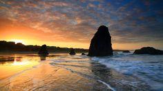 Webshots - Sunrise and Sea Stacks, Bandon, Oregon