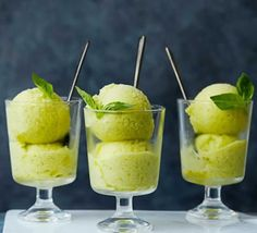 Cheat's pineapple, Thai basil & ginger sorbet An easy blended sorbet with vibrant Thai basil and spicy ginger. Try serving with a drizzle of vodka or white rum Creme Dessert Thermomix, Desserts Thermomix, Low Fat Desserts, Healthy Desserts, Healthy Dinner Recipes, Thai Basil Recipes, Healthy Breakfasts, Thai Dessert, Jars