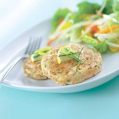 These moist and moreish salmon burgers are lighter than a conventional fishcake, and fantastic sautéed in the teensiest amount of oil – they steam beautifully Fish Recipes, Seafood Recipes, Asian Recipes, Healthy Recipes, Ethnic Recipes, Healthy Food, Salmon Fish Cakes, Cooking Tips
