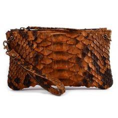 Cartera mano piel serpiente piton marron www.sanci.es Outdoor Blanket, Bags, Shoes, Python Snake, Shoe, Handbags, Shoes Outlet, Taschen, Purse