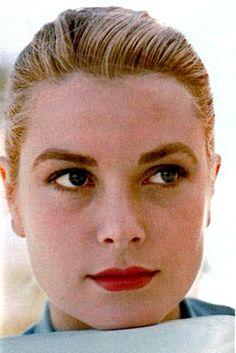 Grace Kelly in her classic red. Follow us at www.birdaria.com. Love it, Like it, Pin it!!