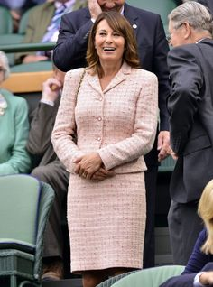 Celebrate Mrs Middleton's birthday with a look back at some of her starring moments. Carole Middleton, Kate Middleton Outfits, Middleton Family, Taylor Swift Outfits, Pink Suit, 60 Fashion, Kate Hudson, Well Dressed, 60th Birthday