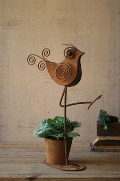 Rustic Iron Bird with Flower Pot