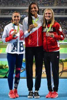 Betraande Thiam scoort selfie voor de eeuwigheid en felicitaties van Bolt…