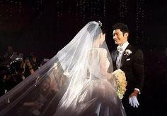 """You Must See the Lavish $31 Million Wedding of the """"Kim and Kanye of China"""""""